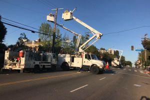 Se espera que hoy el servicio de luz este totalmente restablecido en Los Ángeles