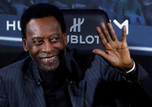 Internan a Pelé en París, había asistido a un acto con Mbappé
