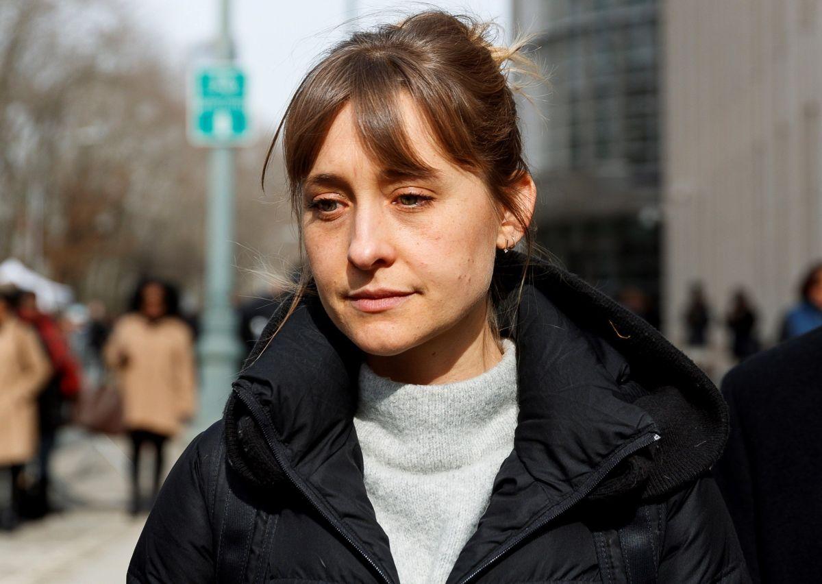Mack saliendo de la Corte Federal de Brooklyn, en febrero 2019