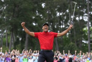 Tiger Woods cuenta la vez que Muhammad Ali lo saludó con un tremendo golpe en las costillas
