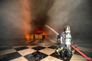Un cura entra a Notre Dame en el incendio y salva la Corona de Espinas de Cristo