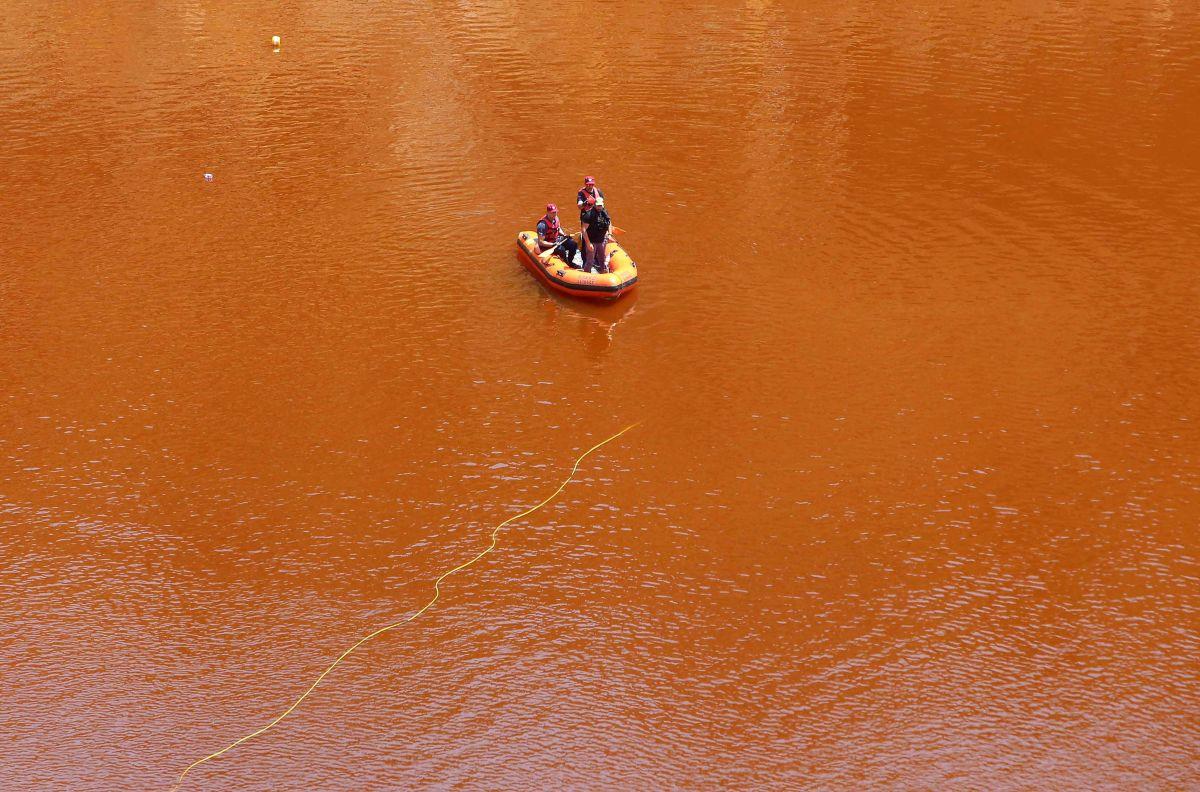 El cuerpo se hallaba en el fondo de un lago tóxico artificial.