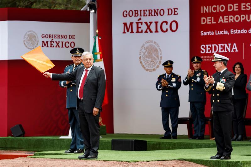 López Obrador da banderazo para la construcción del nuevo aeropuerto en México