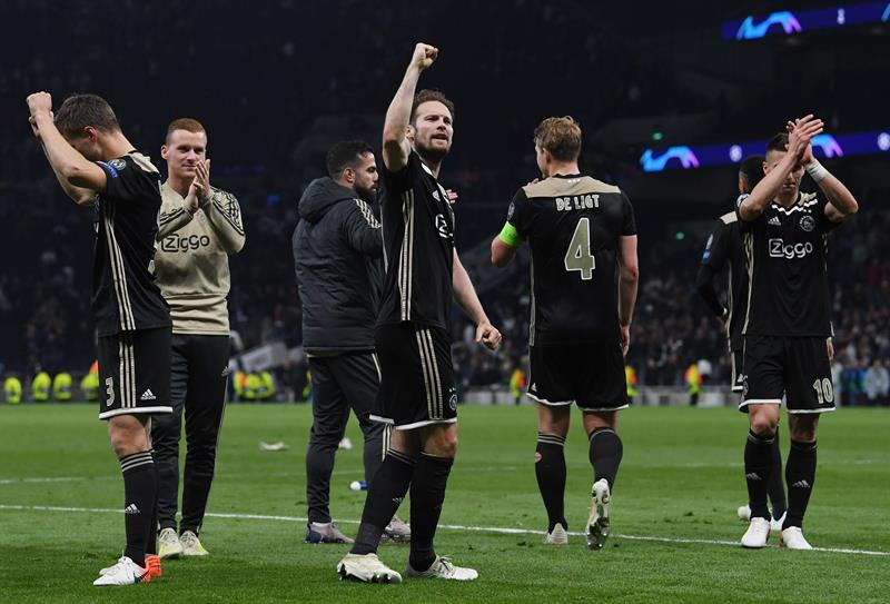Ajax le da un golpe de autoridad al Tottenham y acaricia la final de Champions