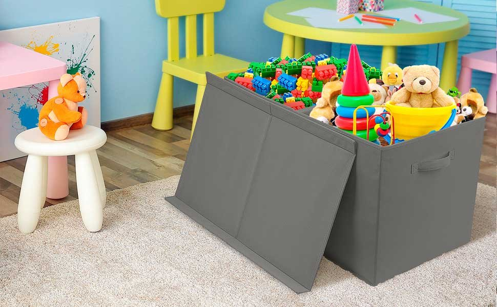 Las 4 mejores cajas de almacenamiento para enseñar a tu hijo a ordenar sus juguetes