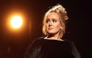 Adele firma el divorcio y se reparte con su exmarido $186 millones