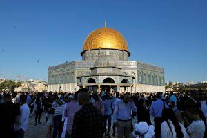 Notre Dame y el tercer lugar más sagrado del islam arden al mismo tiempo