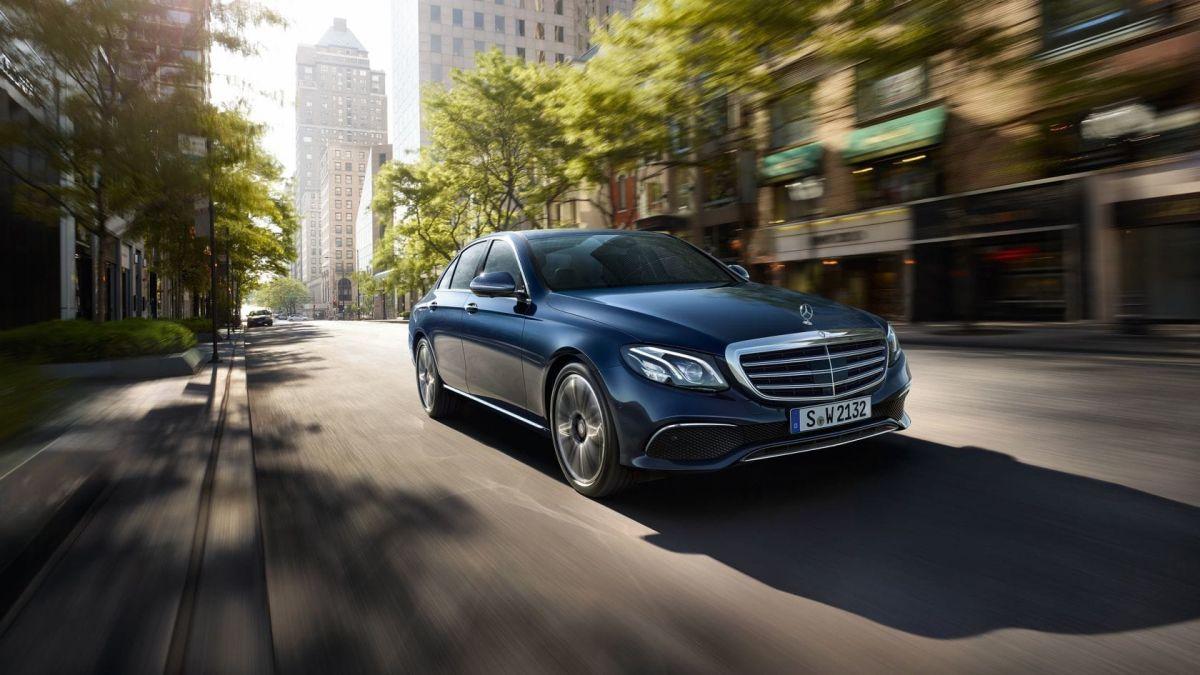 """Clase E Berlina es considerado el """"deportivo inteligente"""" de Mercedes"""