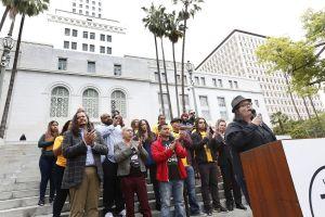 ¡Que los impuestos de la marihuana regresen a los barrios de LA!