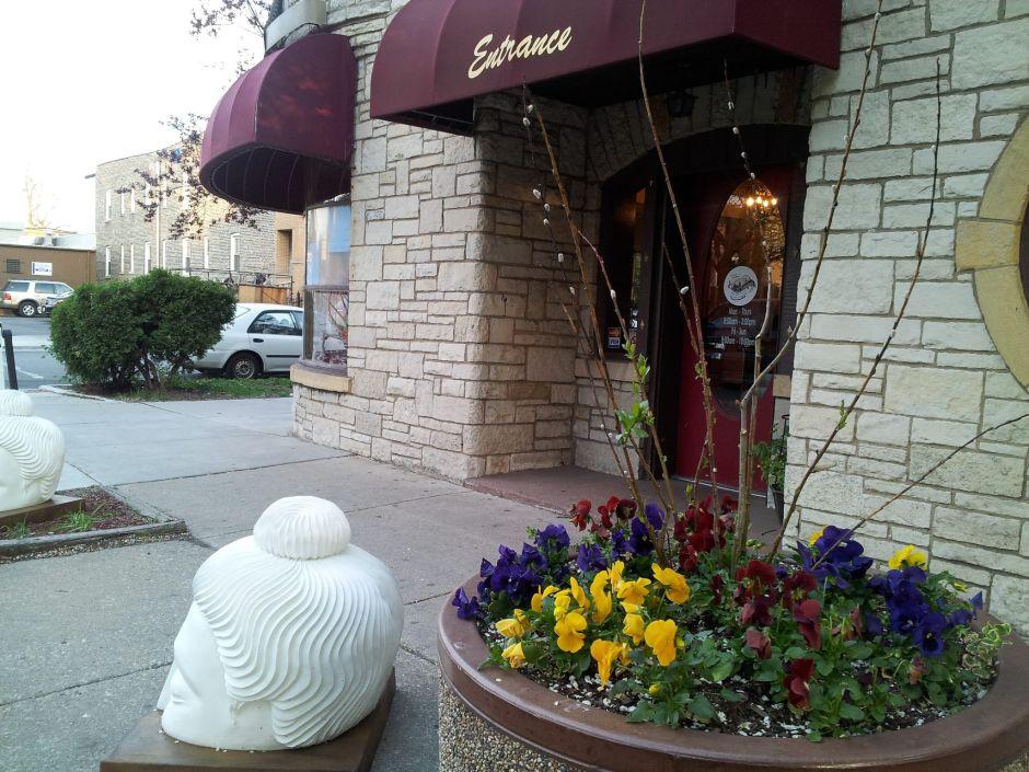 Catedral Café, entre los negocios que recibirán subsidios de la ciudad de Chicago