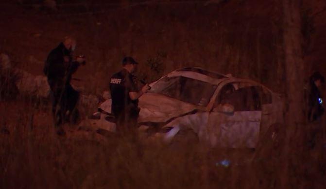 Encuentran a una mujer muerta en el interior de un vehículo