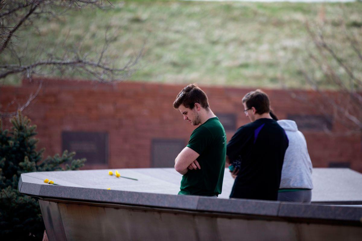 Editorial: No aprendimos la lección de Columbine