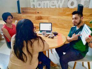 Así es Dream Teach, la academia de inglés de repatriados en la CDMX
