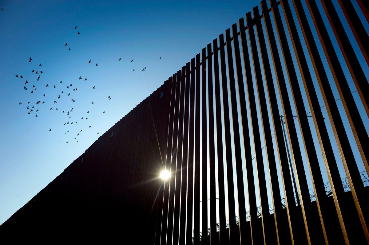 Donald Trump visitó la frontera en Calexico.