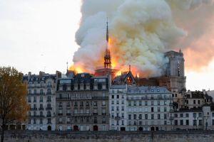 Las campanas de Francia rinden tributo a la Catedral de Notre Dame