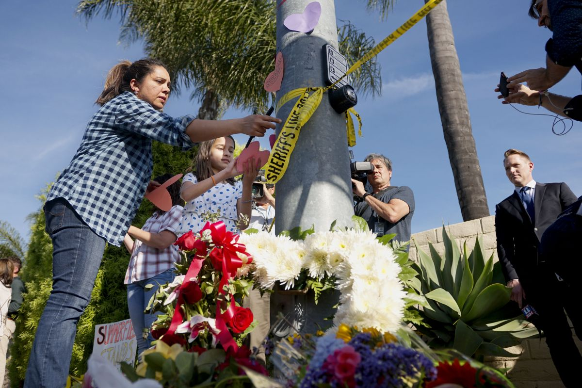 Identifican al pistolero del tiroteo en la sinagoga de California