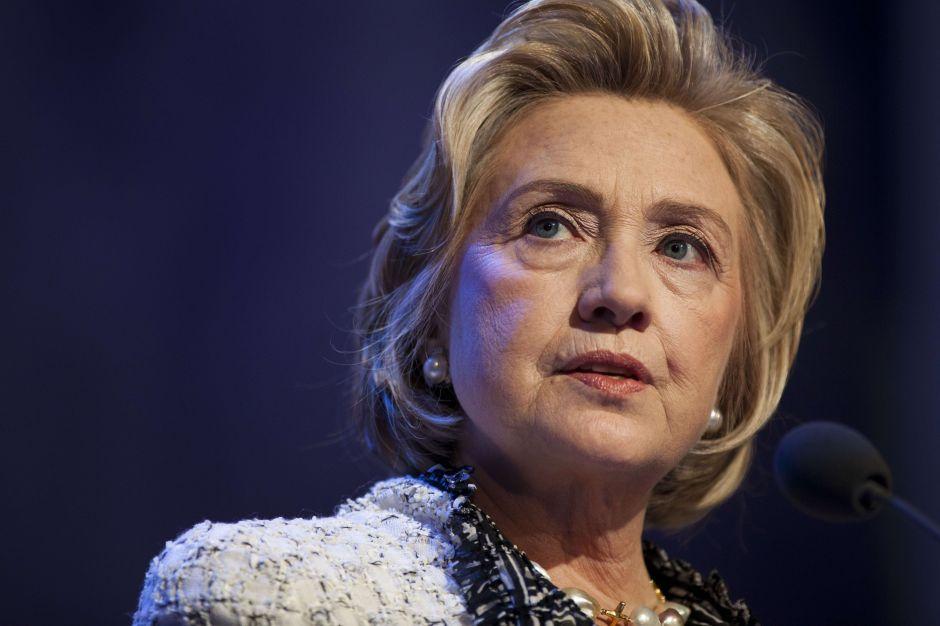 Preguntan a Hillary Clinton cómo mató a amigo de su familia y de Trump. Ella responde