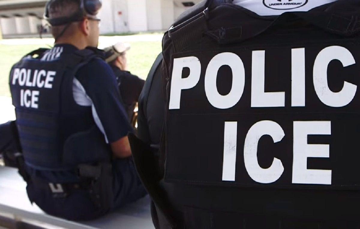 ICE reorienta sus recursos a la frontera.