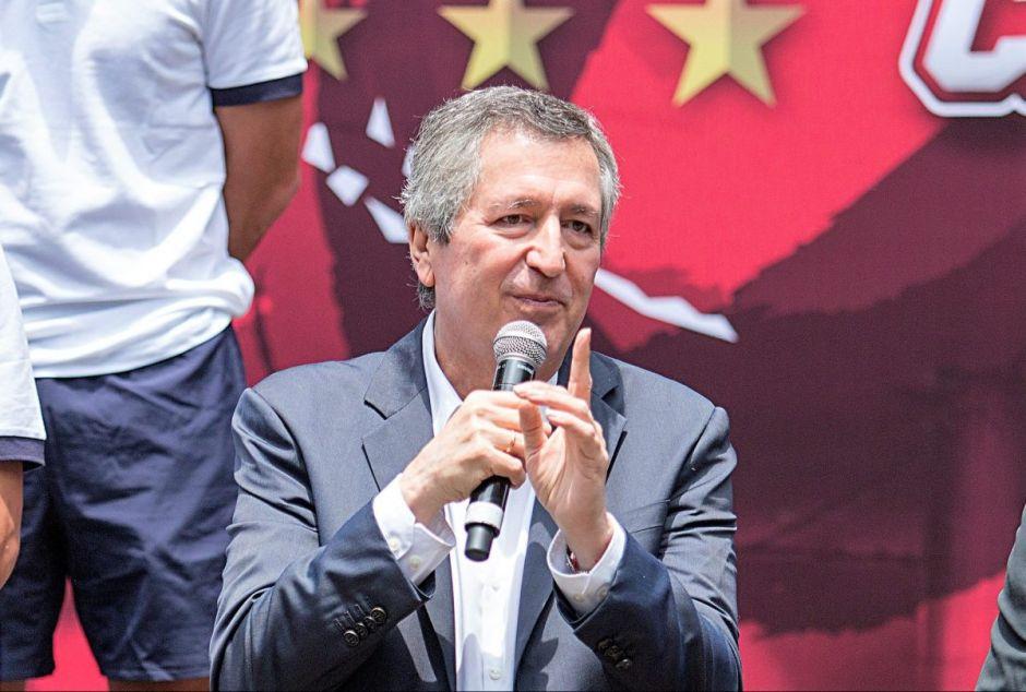 Jorge Vergara habría sido envenenado por su exesposa, afirma periodista