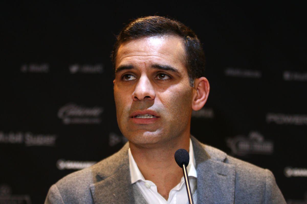 Márquez realiza el curso para ser DT avalado por la UEFA.