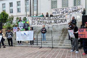 Activistas piden protección para la comunidad de las emisiones tóxicas