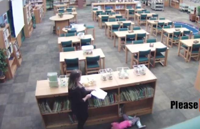 """La pequeña decía que su maestra era """"mala"""" y con este video quedó comprobado."""