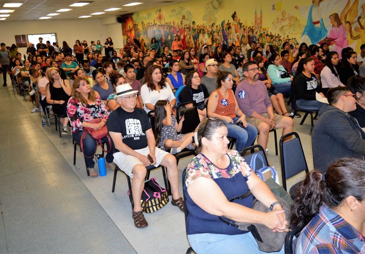 El 74% de los estudiantes en el SBUSD son de origen latino. (Alejandro Cano)