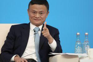 Quiere que sus empleados trabajen 72 horas semanales para seguir siendo el más rico de China