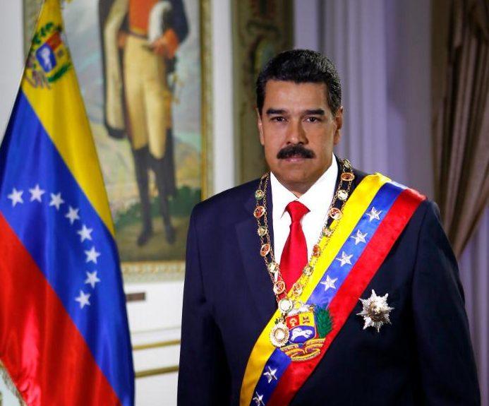 """Maduro asegura que cuenta con la """"total lealtad"""" de los jefes militares de Venezuela"""