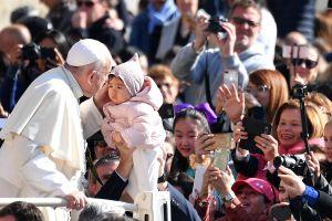 Asegura que su embarazo fue un milagro, fruto de la bendición del papa Francisco