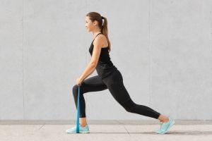Aprende 5 ejercicios básicos para desarrollar una rutina que fortalezca tu espalda