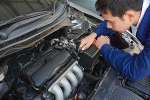 ¿Es mejor reemplazar o reparar un motor para ahorrar dinero?