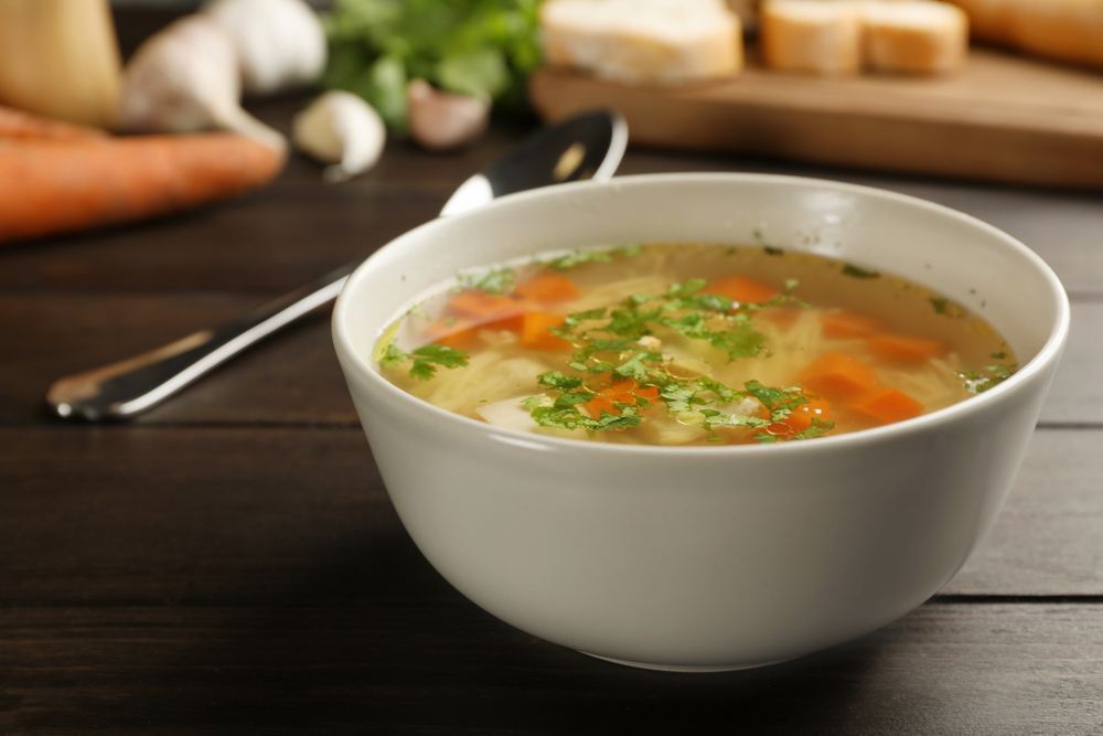 Eliminate everything you don't need: Nutritious chicken and vegetable detox soup