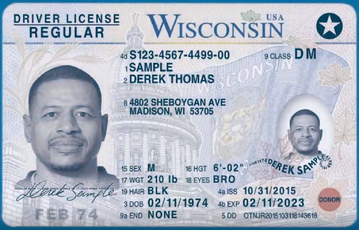 La nueva licencia tiene una estrella en un círculo en la parte superior derecha.