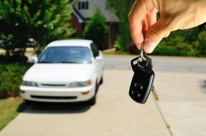 Si vas a comprar tu primer auto ¿debería ser nuevo o usado?