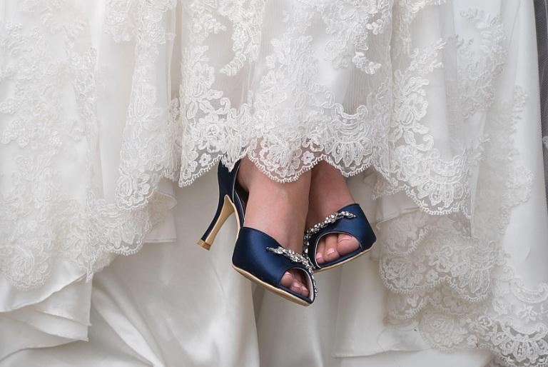Los 7 mejores zapatos azules para tener buena suerte en el día de tu boda
