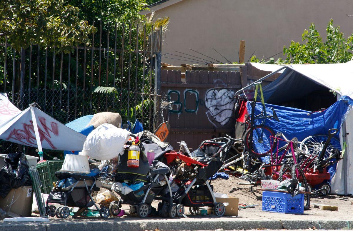 Unas 60 mil personas viven en las calles de Los Ángeles.