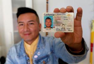 ¿Qué estados otorgan licencias a inmigrantes indocumentados?