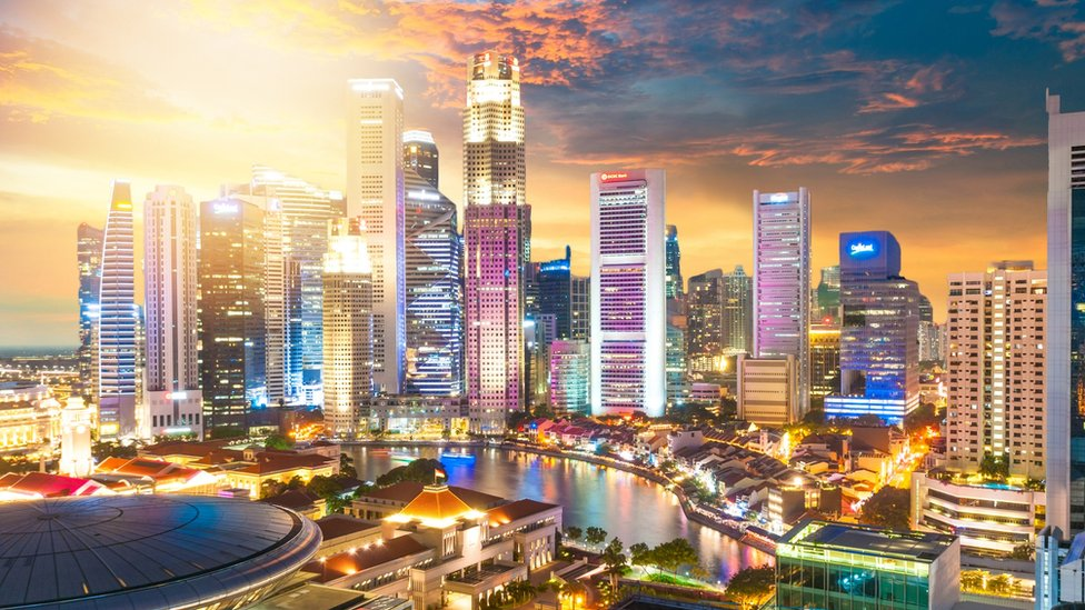 ¿Cómo es vivir en Singapur, uno de los países más ricos y seguros del mundo?