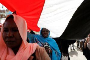 Cómo Sudán se está convirtiendo en el campo de batalla entre Arabia Saudita y Turquía