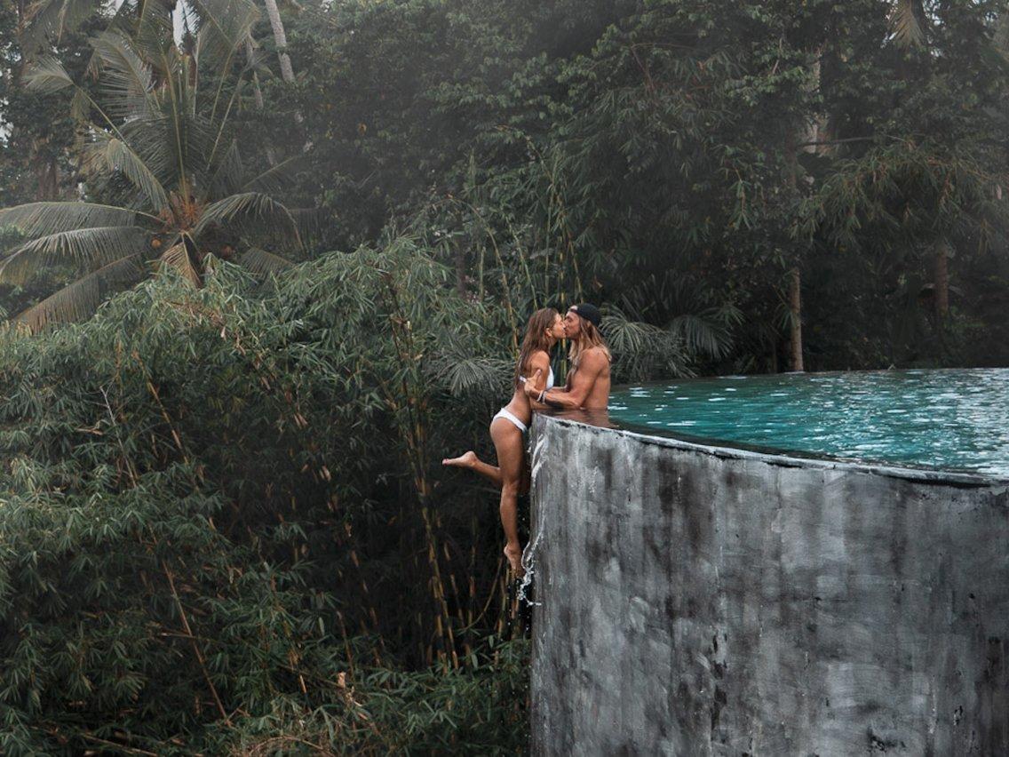 Una pareja se enfrenta a graves peligros con el fin de lograr las fotos perfectas para su Instagram