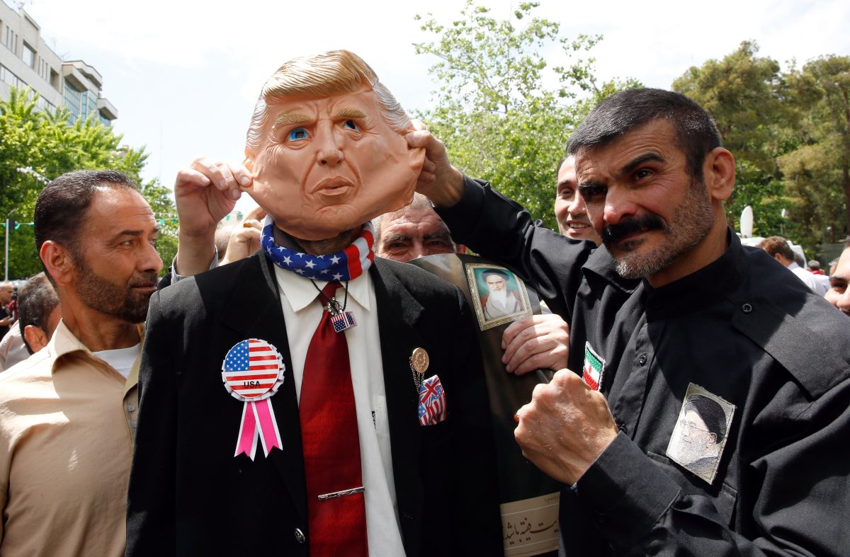 Estados Unidos ordena evacuación de embajada en Irak; crece tensión con Irán