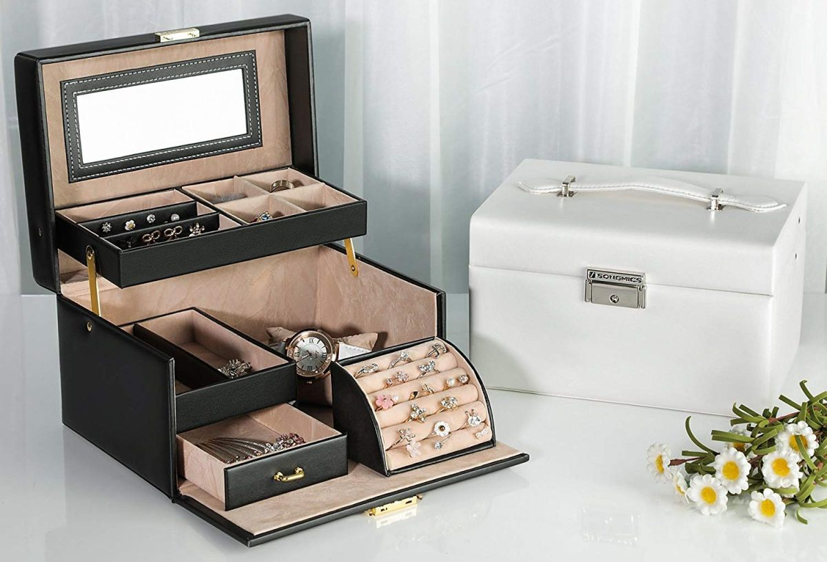 6 cajas organizadoras para guardar tu joyería y accesorios