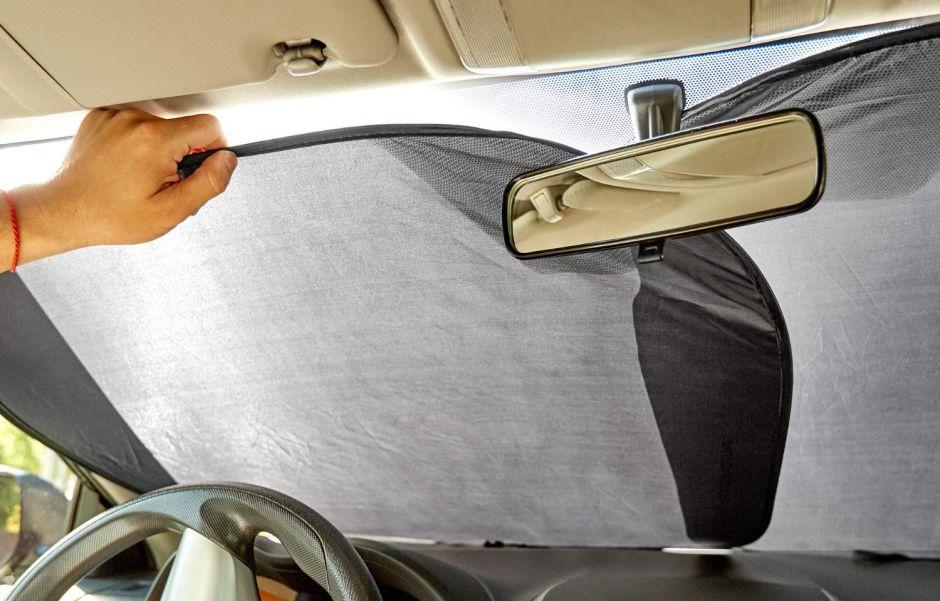Los 5 mejores protectores de parabrisas para cuidar tu auto de los rayos del sol