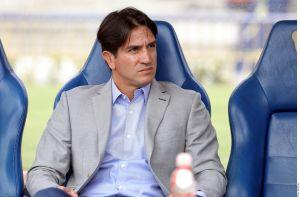 Marioni está fuera de Pumas y un exjugador del Real Madrid sería el técnico
