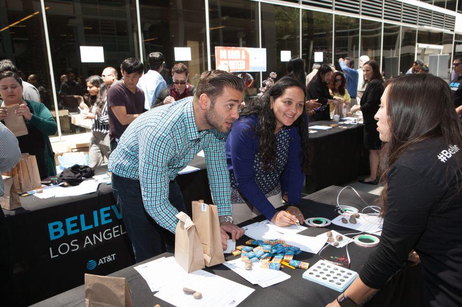 Believe Los Angeles: trabajo y voz para jóvenes latinos