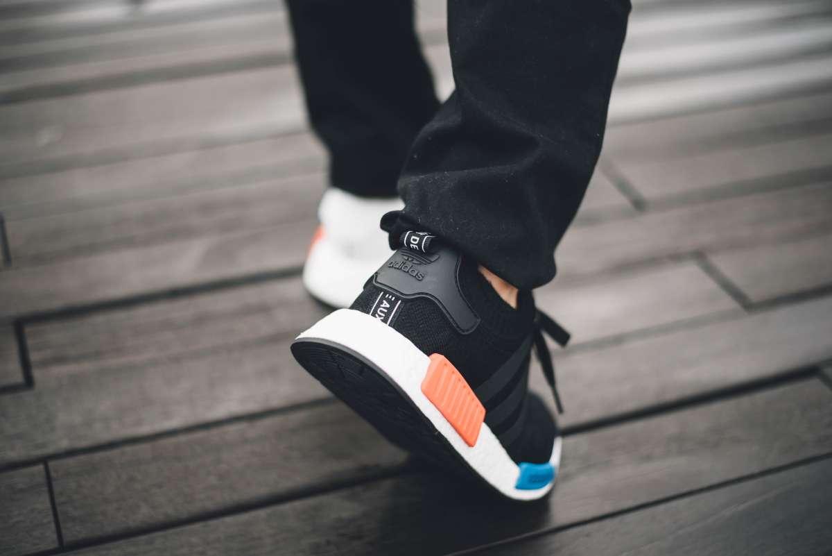 Honestidad Especialmente escalera mecánica  Los 11 mejores estilos de zapatos Adidas para hombres | La Opinión