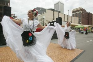 A celebrar en Houston el Desfile Cinco de Mayo