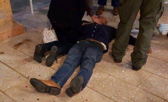 Discusión violenta dejó en el piso a un concejal de la ciudad de Commerce