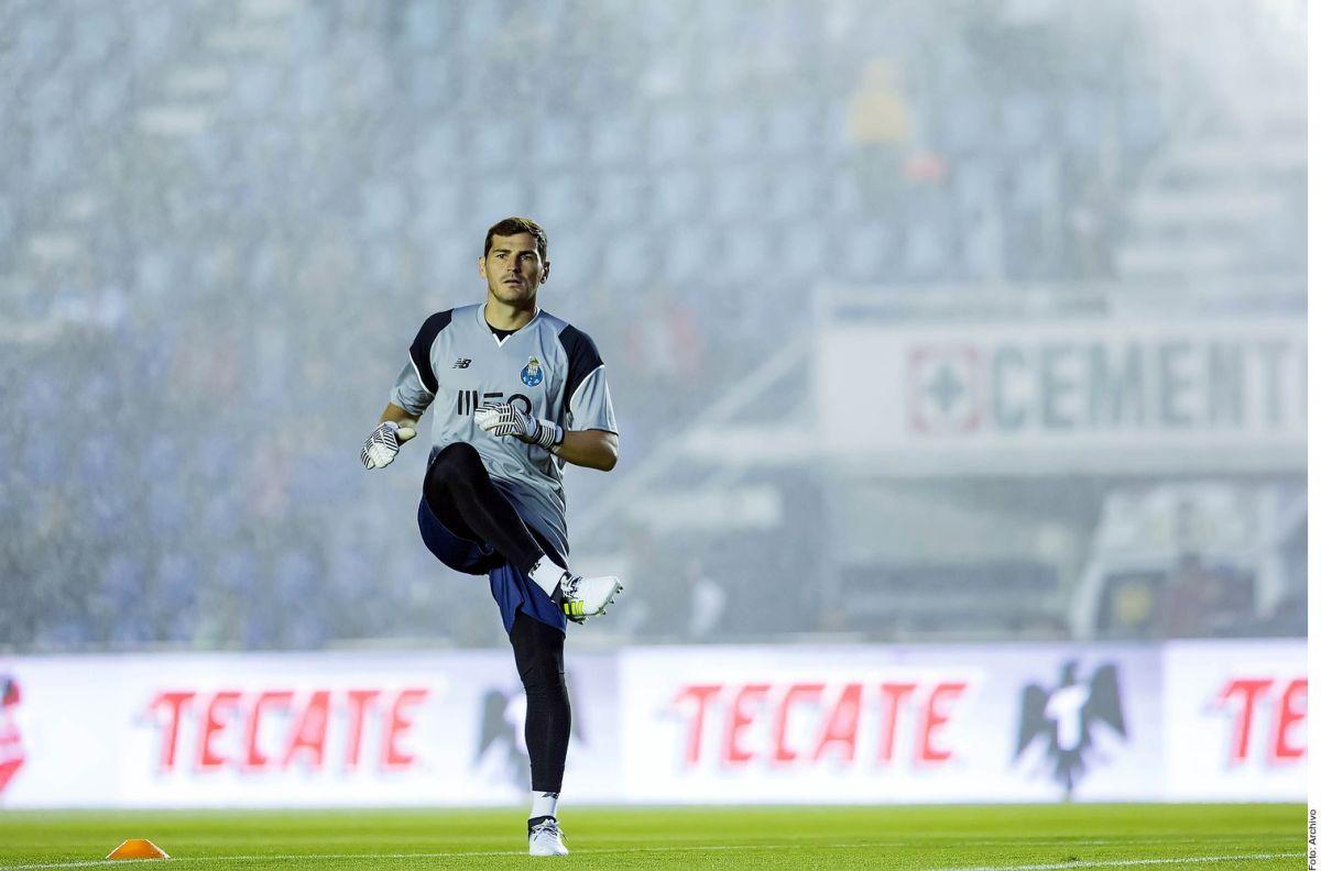 Iker Casillas se aferra al fútbol a pesar del infarto y no se retira